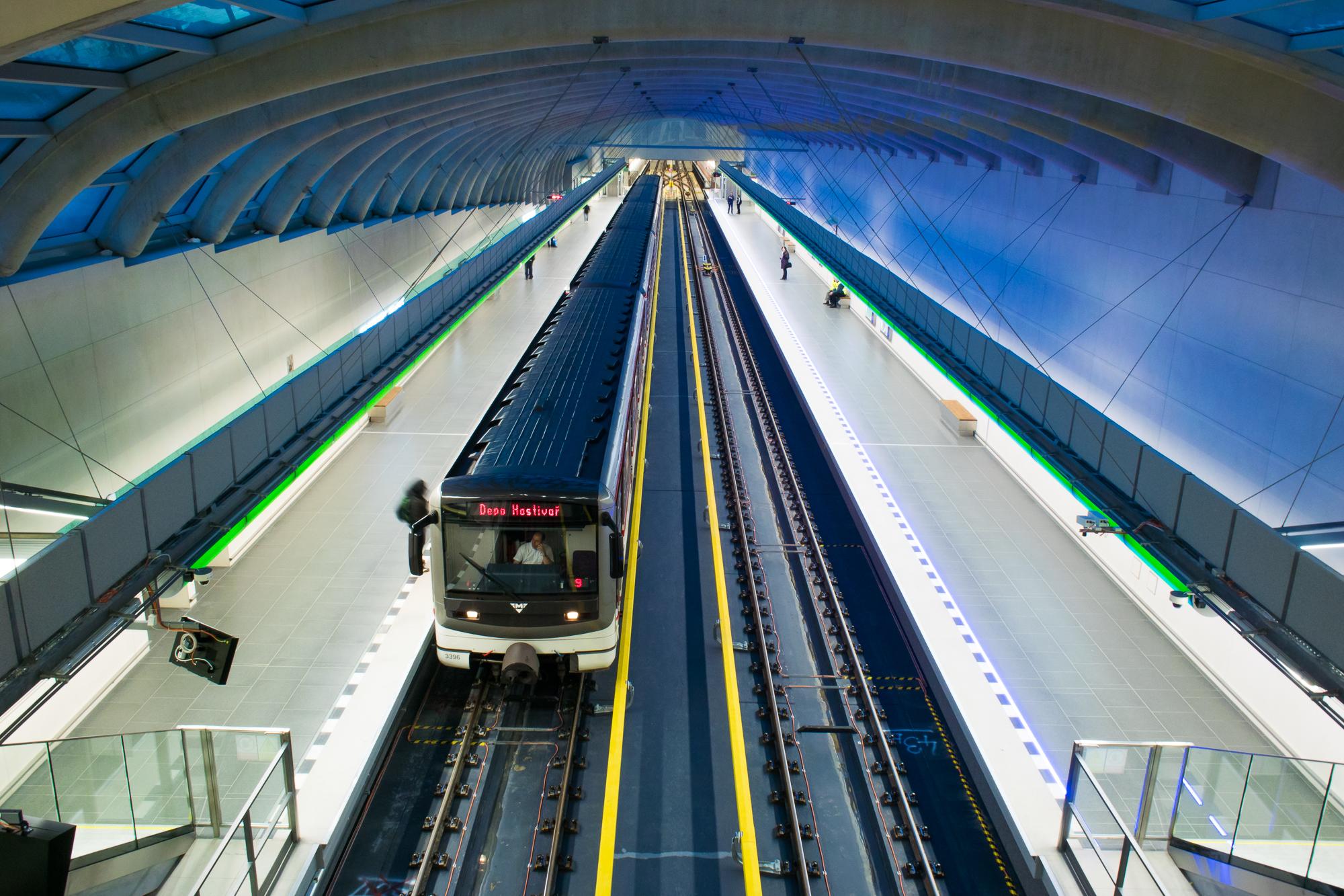 petr-vocelka-praha-metro-motol