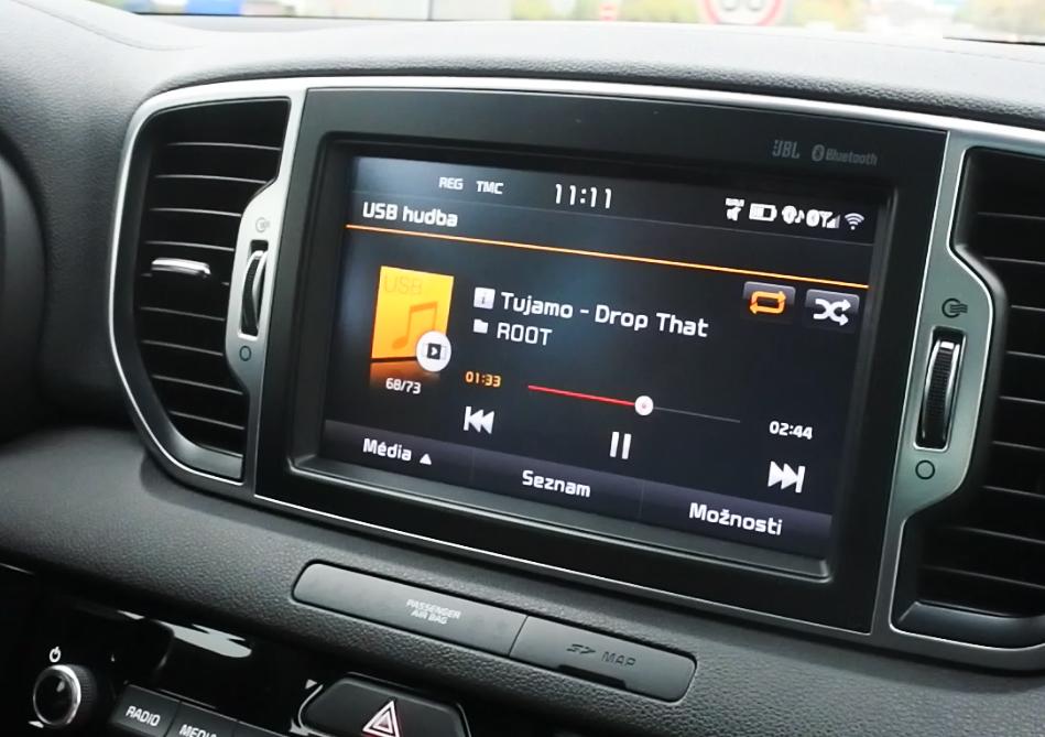 kia-sportage-jbl-audio